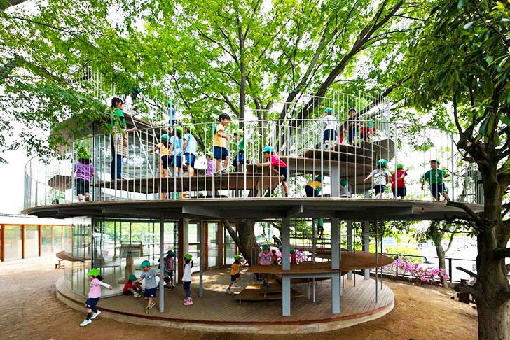 ezuka-Architects-Tree-Wrapped-Classroom-Japan-lead